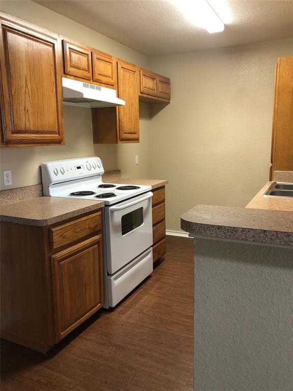 322 Wayne Street, Fort Worth, Texas 76111 - acquisto real estate best luxury buyers agent in texas shana acquisto inheritance realtor