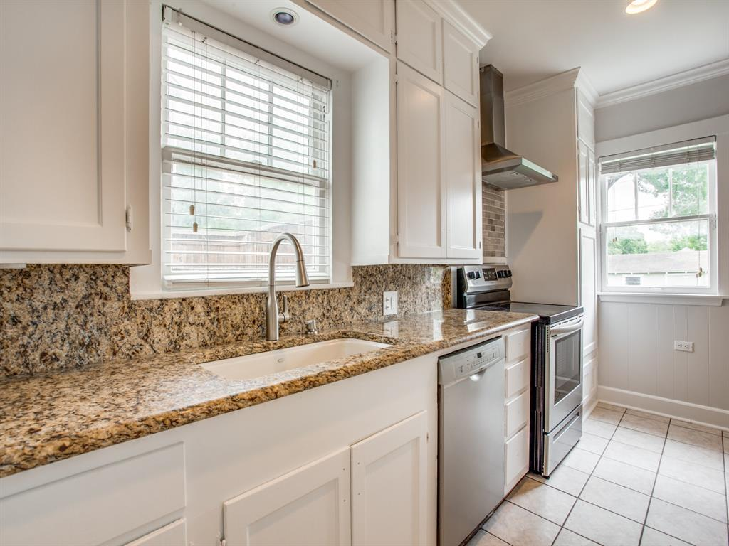 5708 Pershing Avenue, Fort Worth, Texas 76107 - acquisto real estate best realtor westlake susan cancemi kind realtor of the year