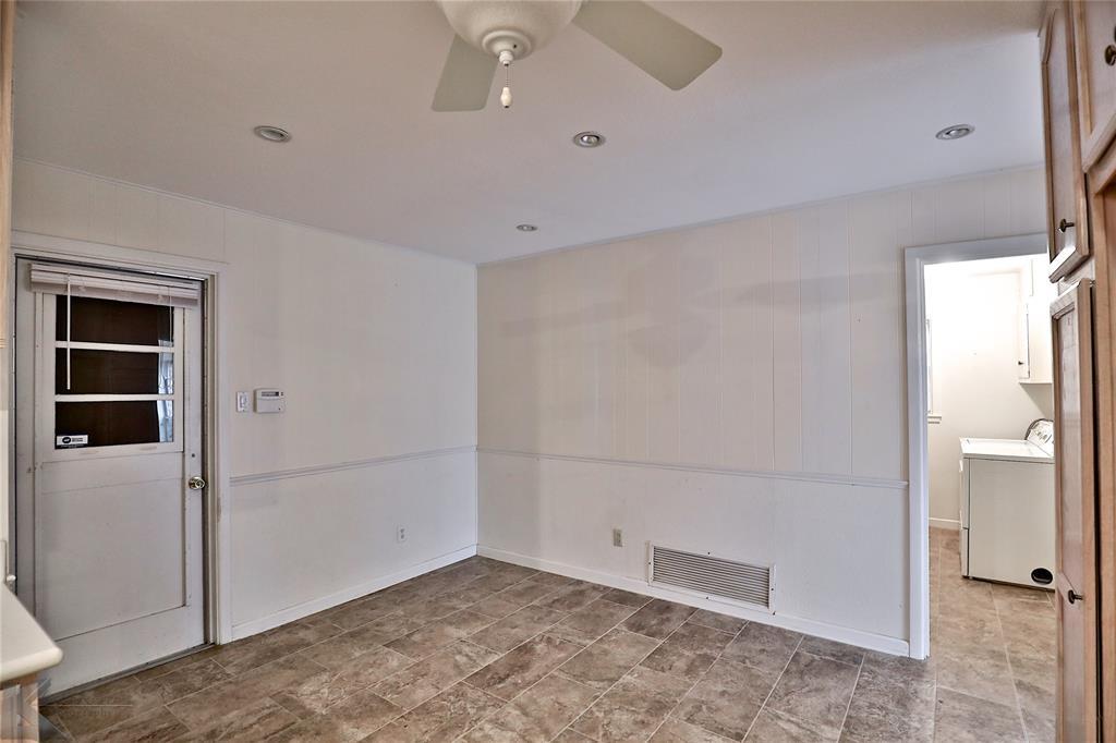 2033 Greenbriar Drive, Abilene, Texas 79605 - acquisto real estate best celina realtor logan lawrence best dressed realtor