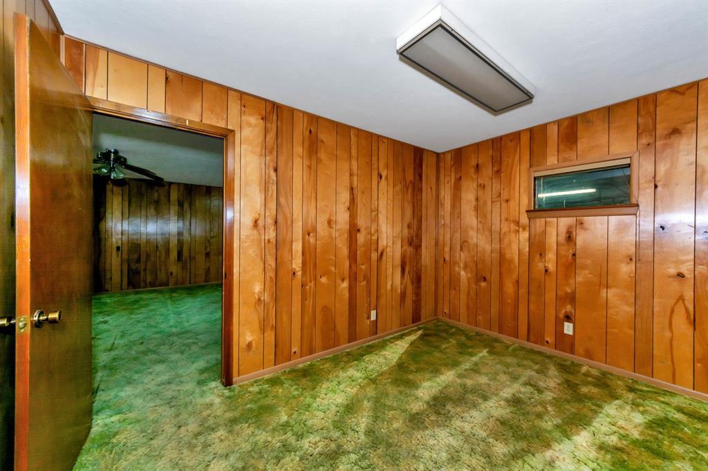 2004 Chico Highway, Bridgeport, Texas 76426 - acquisto real estate best realtor foreclosure real estate mike shepeherd walnut grove realtor