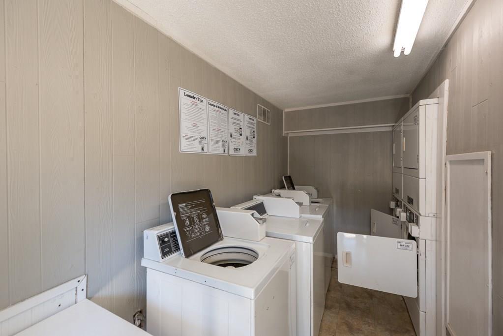 7705 Meadow Park Drive, Dallas, Texas 75230 - acquisto real estate best frisco real estate agent amy gasperini panther creek realtor