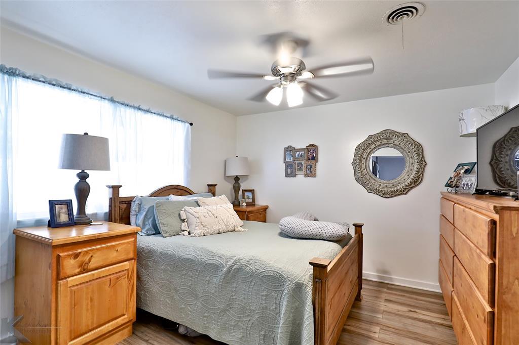 1102 Avenue K Haskell, Texas 79521 - acquisto real estate best realtor dfw jody daley liberty high school realtor