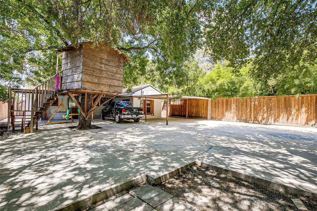 3126 Carlson Drive, Dallas, Texas 75235 - acquisto real estate best realtor foreclosure real estate mike shepeherd walnut grove realtor
