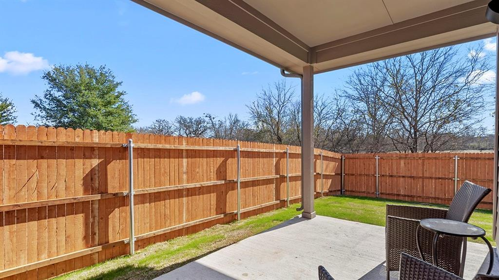 1232 KERRVILLE  Lane, Weatherford, Texas 76087 - acquisto real estaet best boutique real estate firm in texas for high net worth sellers