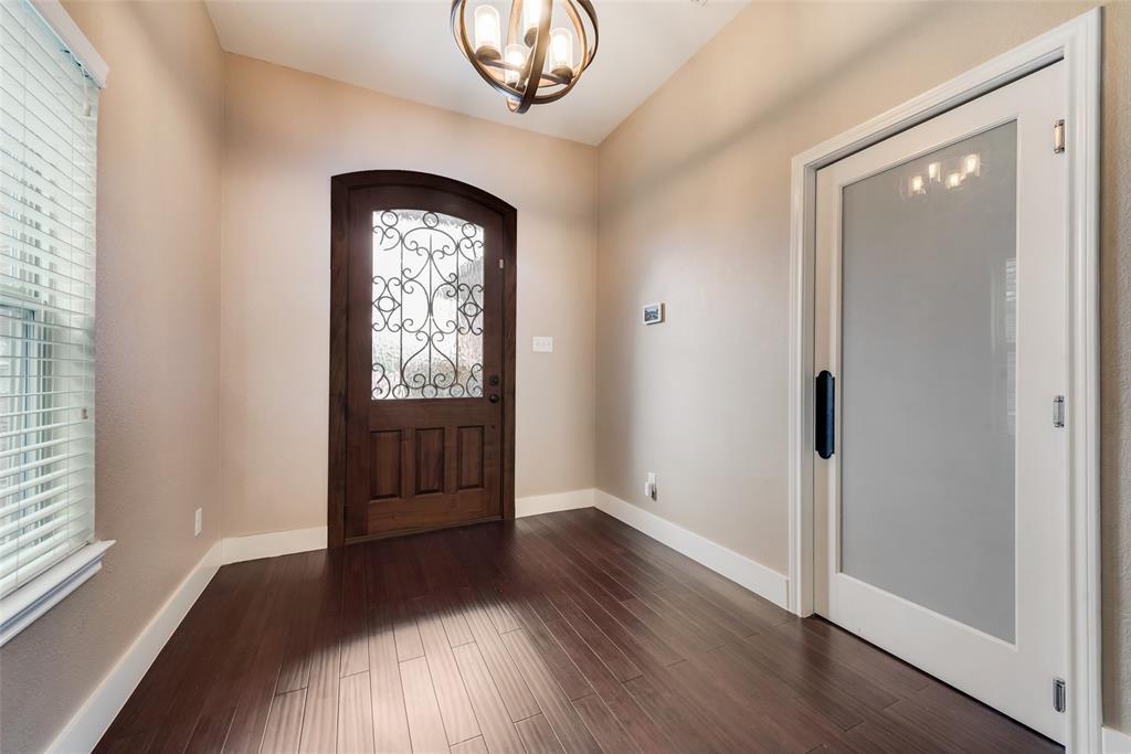 5568 Thunder Bay Drive, Fort Worth, Texas 76119 - acquisto real estate best realtor dfw jody daley liberty high school realtor