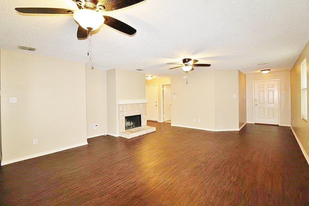 4021 Foxhound Lane, Fort Worth, Texas 76123 - acquisto real estate best prosper realtor susan cancemi windfarms realtor