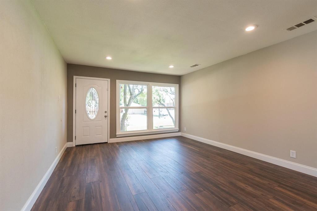 9444 Forest Hills Place, Dallas, Texas 75218 - acquisto real estate best prosper realtor susan cancemi windfarms realtor