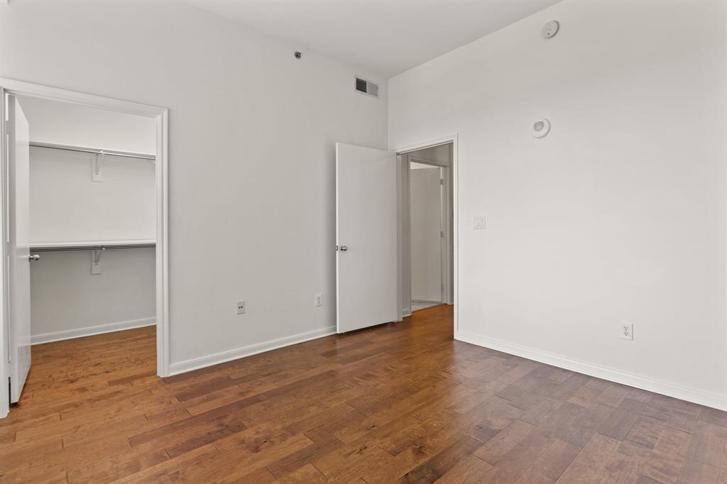 4611 Travis Street, Dallas, Texas 75205 - acquisto real estate best realtor foreclosure real estate mike shepeherd walnut grove realtor