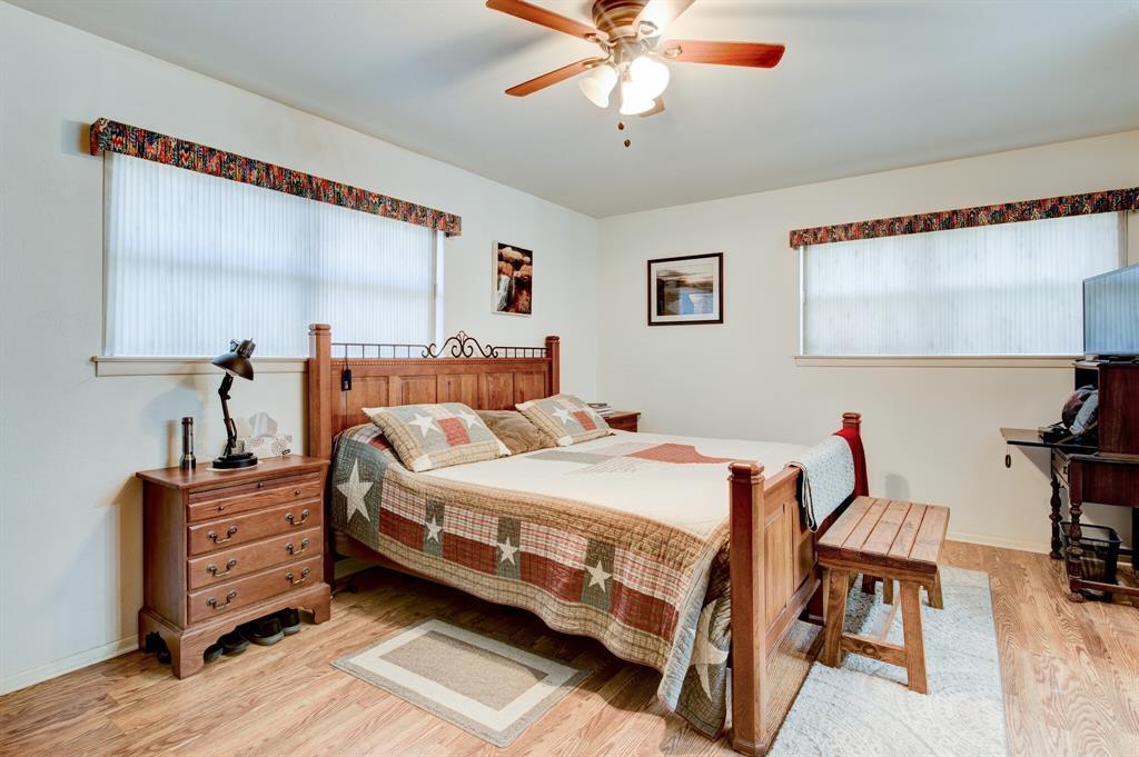 3825 Carman Drive, Benbrook, Texas 76116 - acquisto real estate best realtor dallas texas linda miller agent for cultural buyers