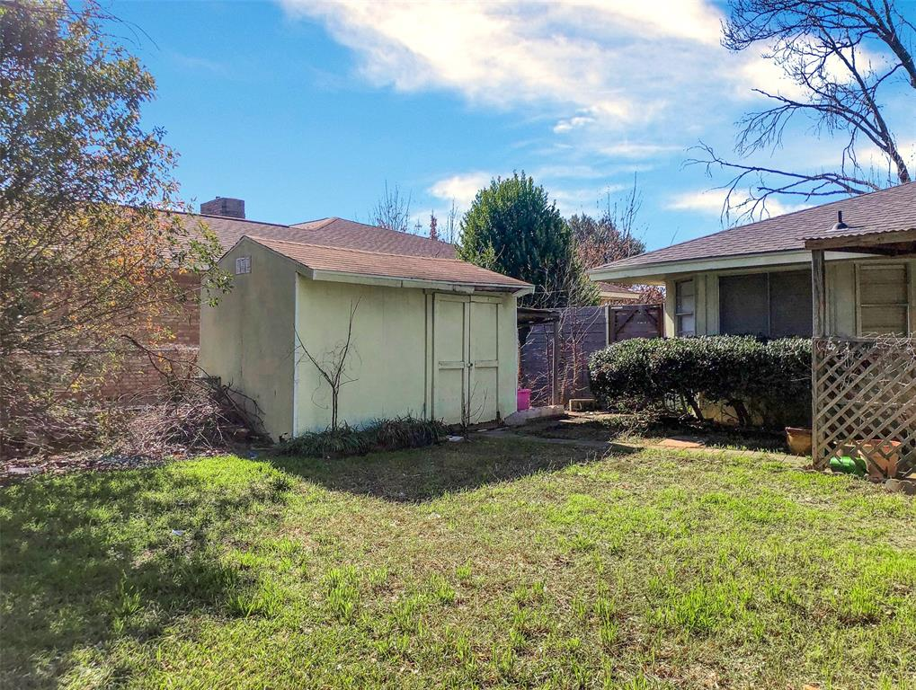 3924 Oak Arbor Drive, Dallas, Texas 75233 - acquisto real estate best style realtor kim miller best real estate reviews dfw