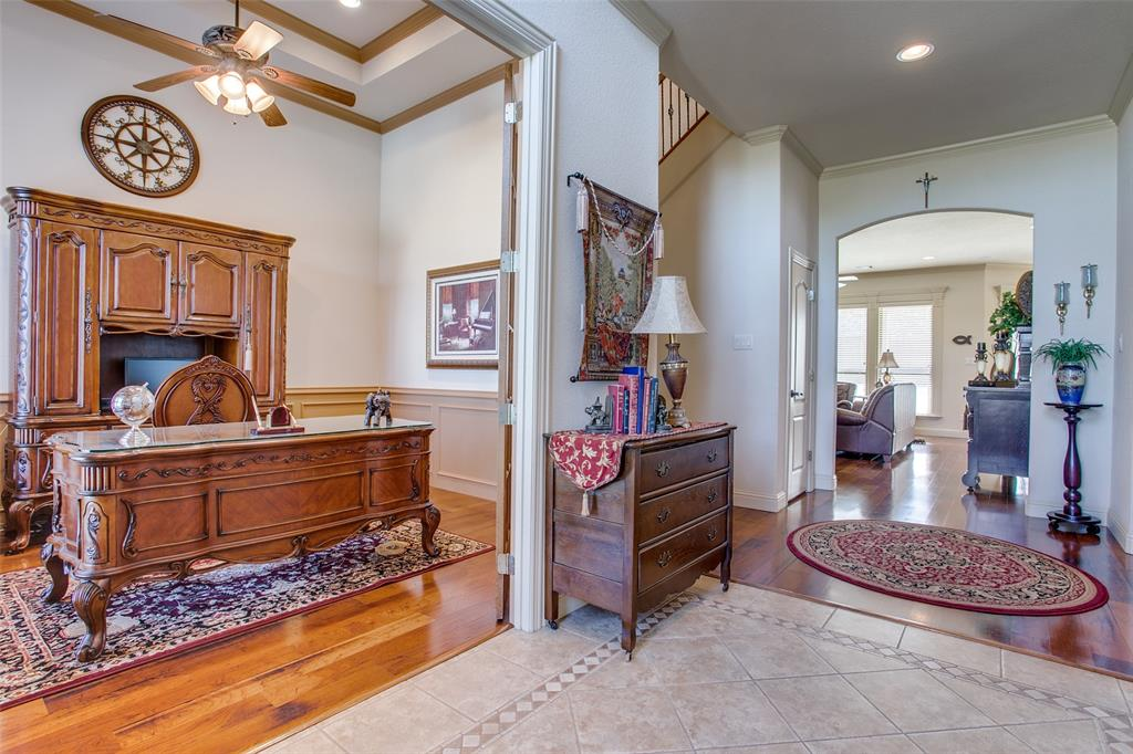 7920 Forest View Court, North Richland Hills, Texas 76182 - acquisto real estate best prosper realtor susan cancemi windfarms realtor