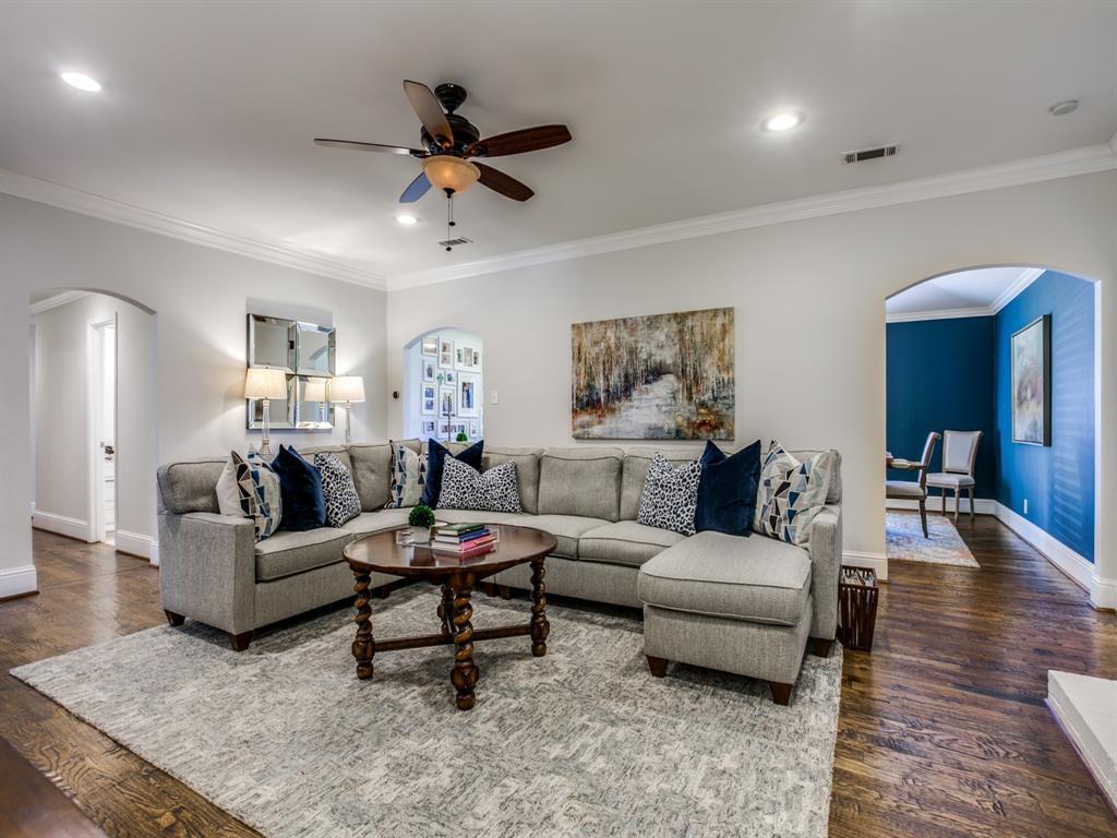 6921 Sedgwick Drive, Dallas, Texas 75231 - acquisto real estate best celina realtor logan lawrence best dressed realtor