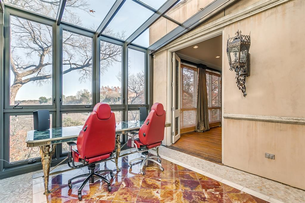 1905 Highland Park Circle, Fort Worth, Texas 76107 - acquisto real estate best realtor westlake susan cancemi kind realtor of the year