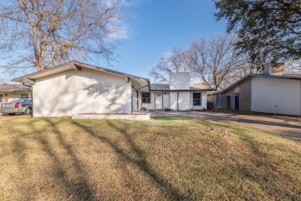 2404 Scotswood Drive, Garland, Texas 75041 - acquisto real estate best realtor foreclosure real estate mike shepeherd walnut grove realtor