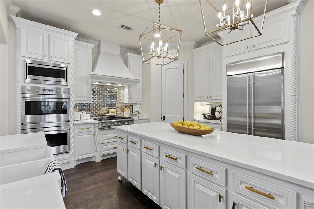 6300 Saint Michael Drive, McKinney, Texas 75072 - acquisto real estate best highland park realtor amy gasperini fast real estate service