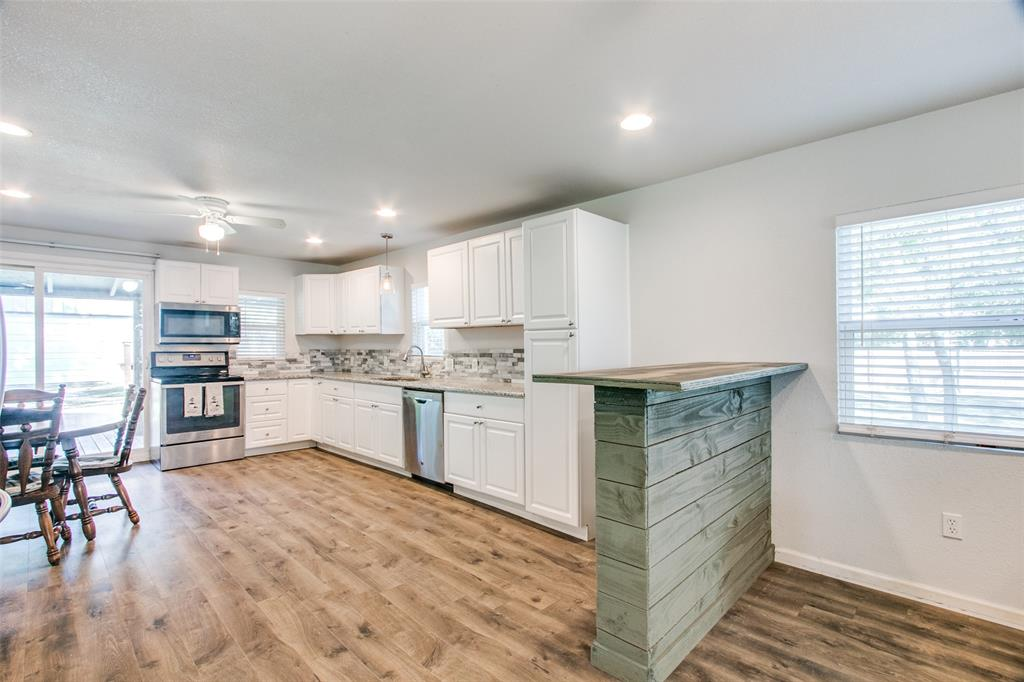 605 6th  Street, Justin, Texas 76247 - acquisto real estate best real estate company to work for