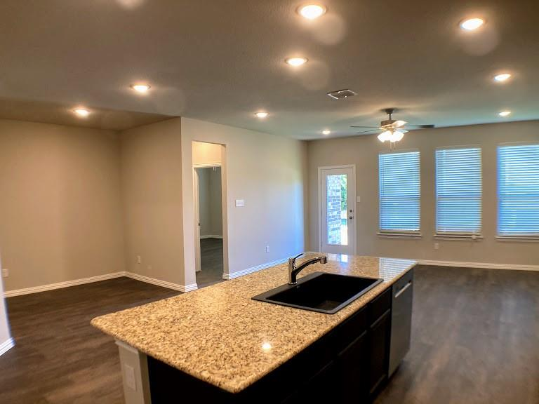 305 Laura Lane, Lewisville, Texas 75067 - acquisto real estate best allen realtor kim miller hunters creek expert