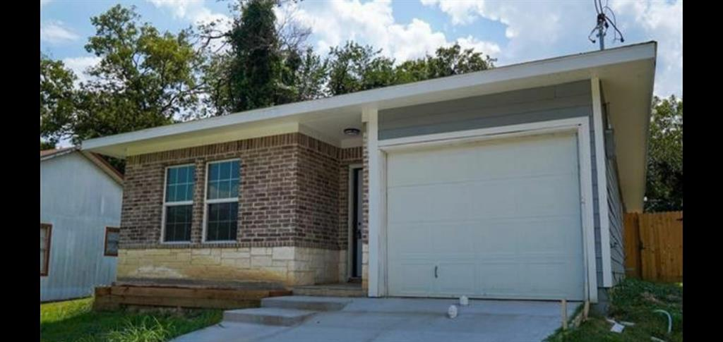 4835 Burnside Avenue, Dallas, Texas 75216 - Acquisto Real Estate best plano realtor mike Shepherd home owners association expert