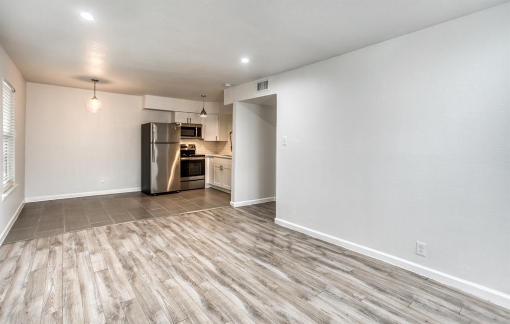 5708 Hudson Street, Dallas, Texas 75206 - acquisto real estate best celina realtor logan lawrence best dressed realtor
