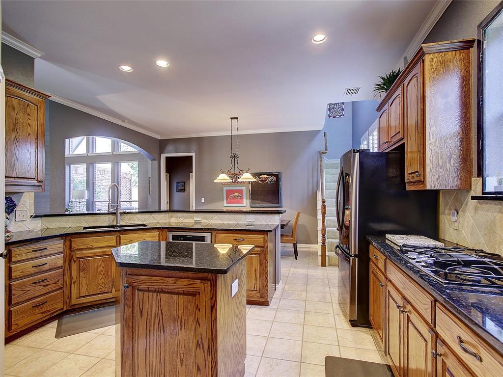 4573 Lancelot Drive, Plano, Texas 75024 - acquisto real estate best celina realtor logan lawrence best dressed realtor