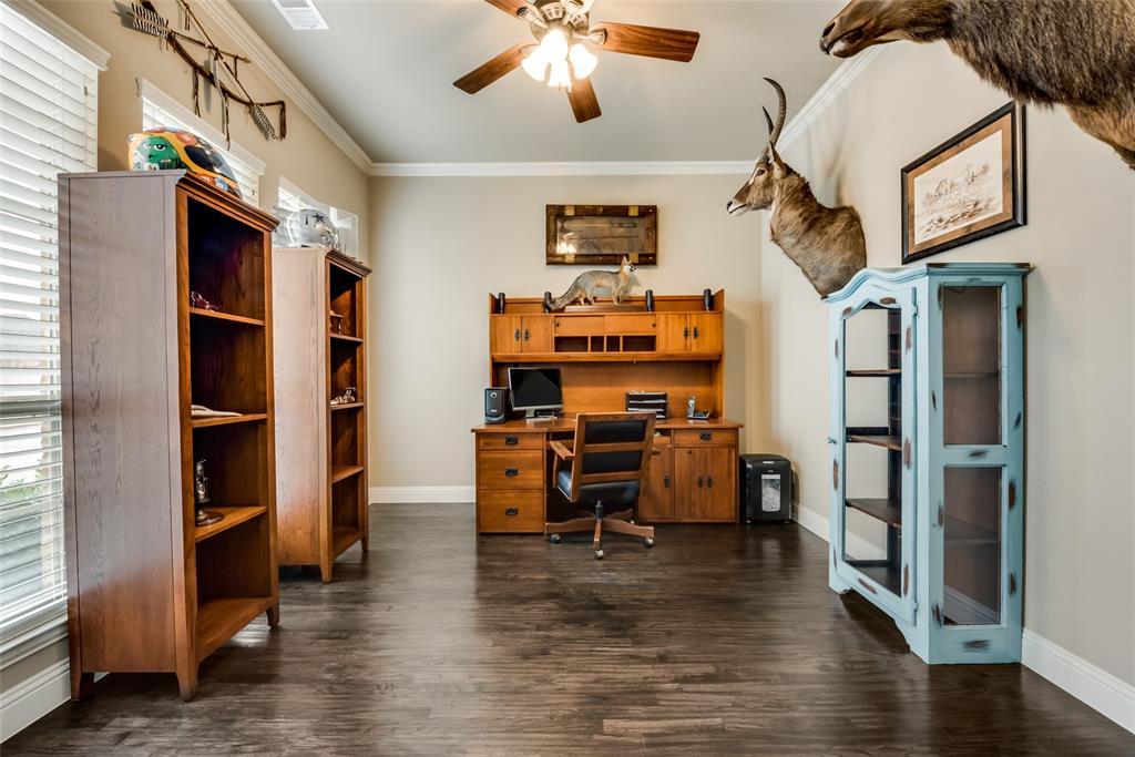 9451 Blanco Drive, Lantana, Texas 76226 - acquisto real estate best realtor dfw jody daley liberty high school realtor