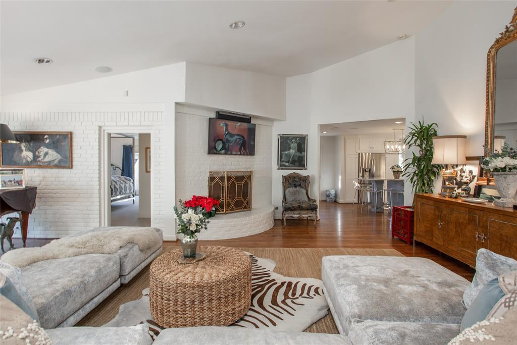 3813 Glenwood Drive, Fort Worth, Texas 76109 - acquisto real estate best flower mound realtor jody daley lake highalands agent of the year