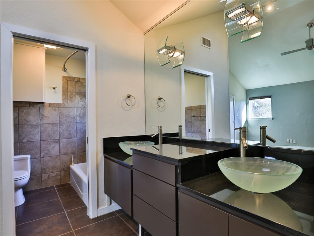 2643 Mccart Avenue, Fort Worth, Texas 76110 - acquisto real estate best negotiating realtor linda miller declutter realtor