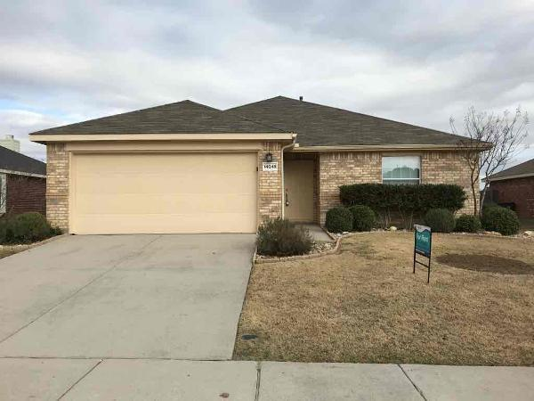 14048 Tanglebrush Trail, Fort Worth, Texas 76052 - Acquisto Real Estate best plano realtor mike Shepherd home owners association expert