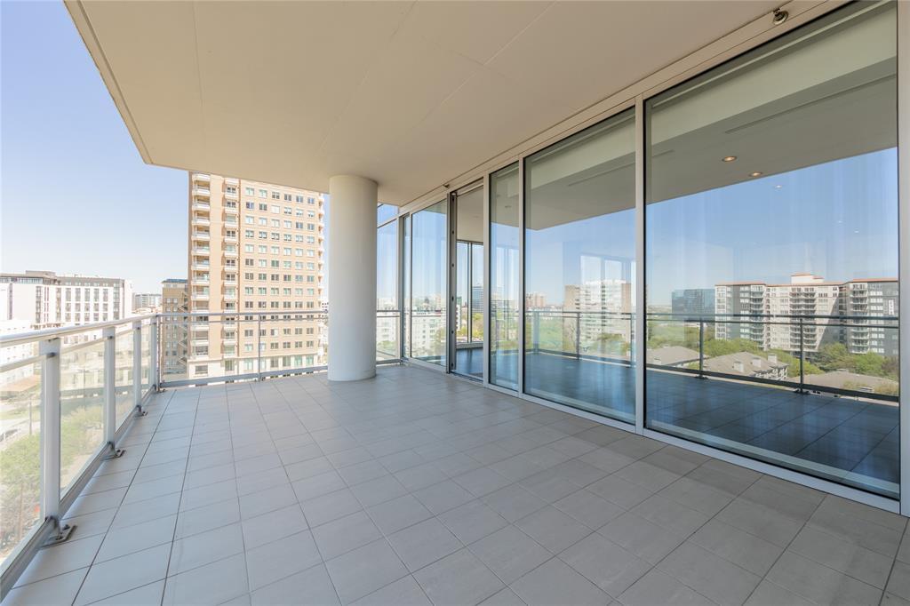 2900 Mckinnon  Street, Dallas, Texas 75201 - acquisto real estate nicest realtor in america shana acquisto