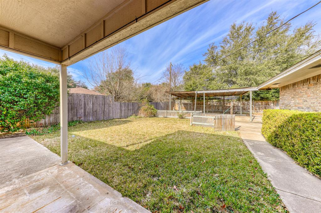4000 Toledo Avenue, Fort Worth, Texas 76133 - acquisto real estate best park cities realtor kim miller best staging agent