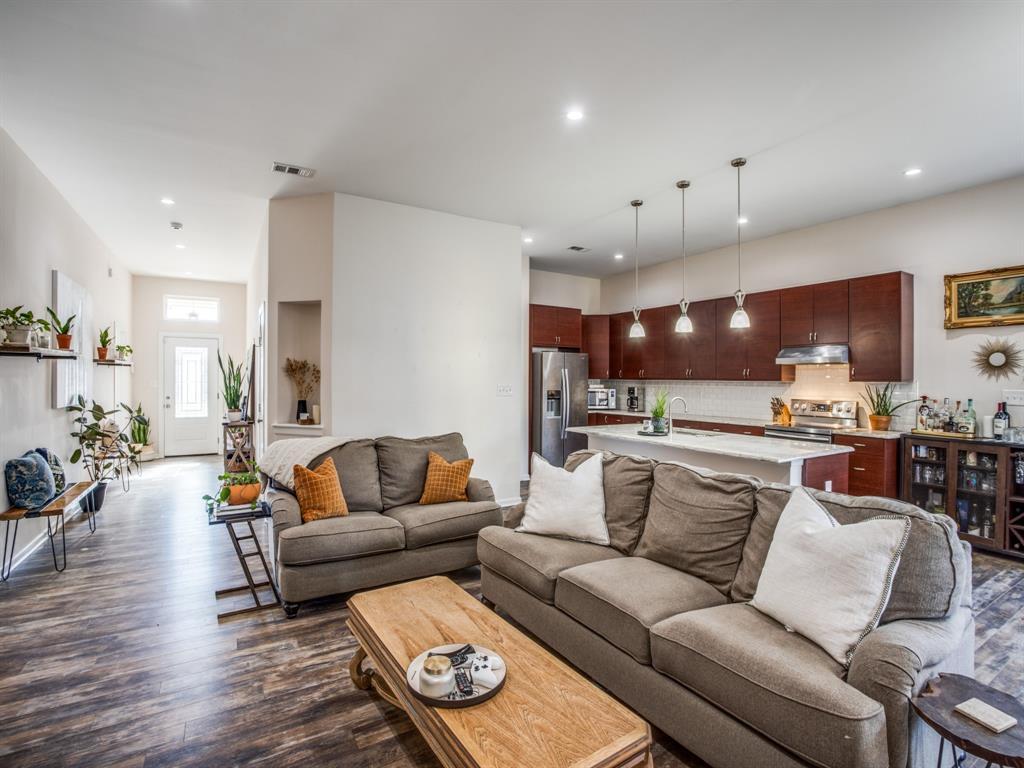 3303 Poinsettia Drive, Dallas, Texas 75211 - acquisto real estate best highland park realtor amy gasperini fast real estate service