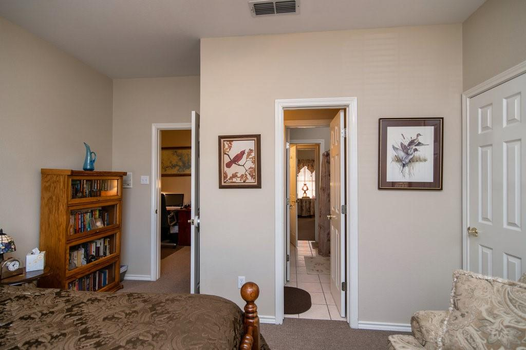 2126 Lakeforest Drive, Weatherford, Texas 76087 - acquisto real estate best frisco real estate agent amy gasperini panther creek realtor