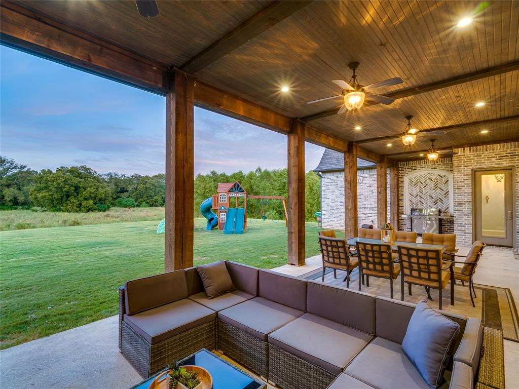 230 Oak Tree Drive, Waxahachie, Texas 75165 - acquisto real estate agent of the year mike shepherd