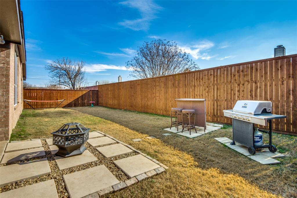 1056 Ponderosa Ridge, Little Elm, Texas 75068 - acquisto real estate best realtor foreclosure real estate mike shepeherd walnut grove realtor