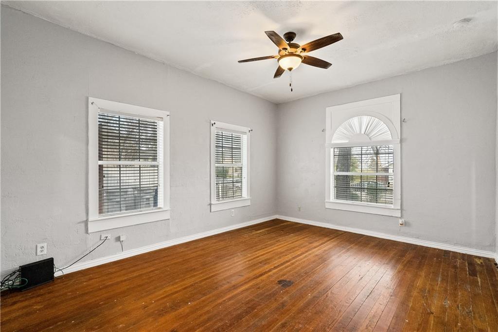 719 Elsbeth Street, Dallas, Texas 75208 - acquisto real estate best prosper realtor susan cancemi windfarms realtor