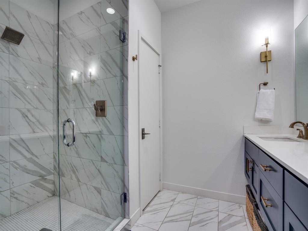 2115 Bennett Avenue, Dallas, Texas 75206 - acquisto real estate best realtor dallas texas linda miller agent for cultural buyers