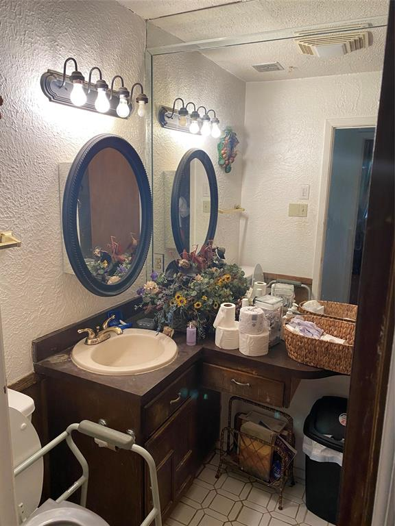 318 Cotton  Drive, Mansfield, Texas 76063 - acquisto real estate best celina realtor logan lawrence best dressed realtor