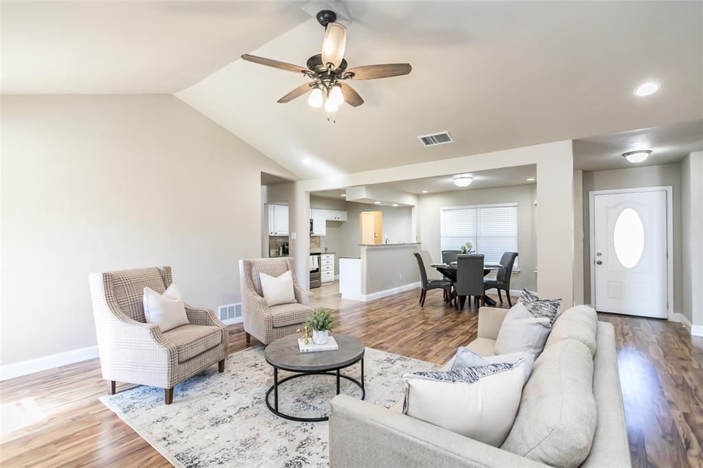 321 Chambers Creek Drive, Everman, Texas 76140 - acquisto real estate best luxury buyers agent in texas shana acquisto inheritance realtor