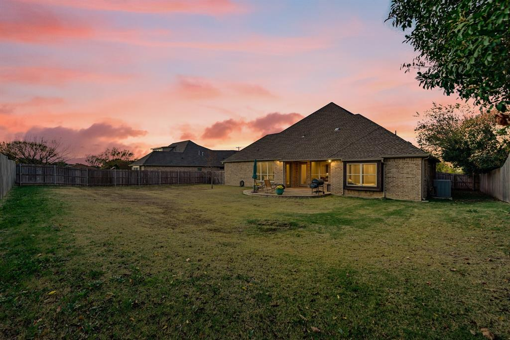7108 Bursey Road, North Richland Hills, Texas 76182 - acquisto real estate nicest realtor in america shana acquisto