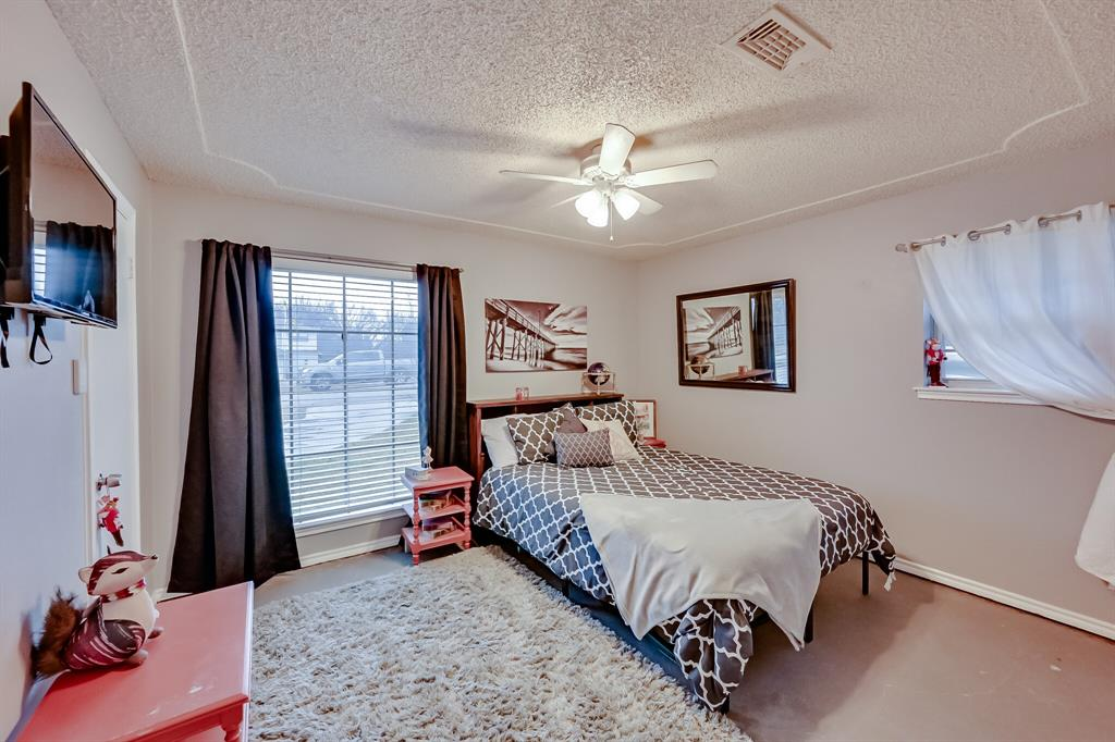 401 Country Club Drive, Joshua, Texas 76058 - acquisto real estate best park cities realtor kim miller best staging agent