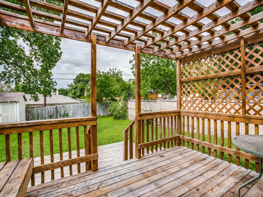 5708 Pershing Avenue, Fort Worth, Texas 76107 - acquisto real estate best listing agent in the nation shana acquisto estate realtor