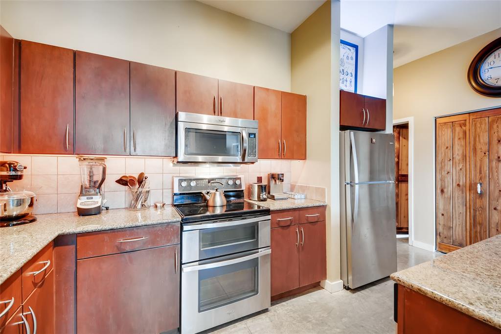 201 Lancaster Avenue, Fort Worth, Texas 76102 - acquisto real estate best luxury buyers agent in texas shana acquisto inheritance realtor