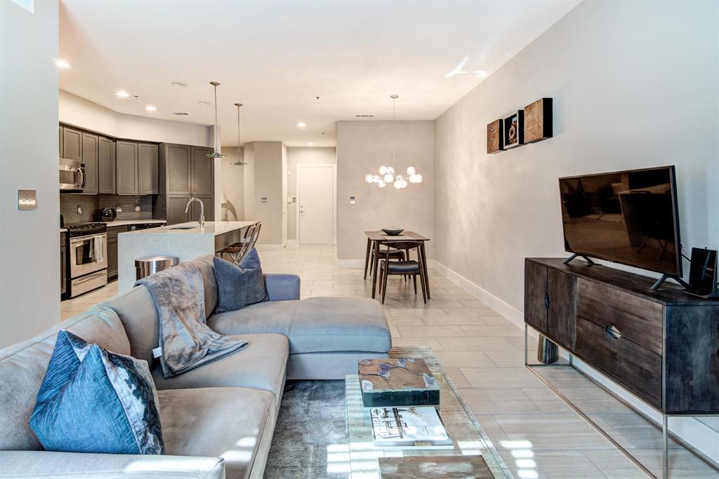 4122 Avondale  Avenue, Dallas, Texas 75219 - acquisto real estate best prosper realtor susan cancemi windfarms realtor