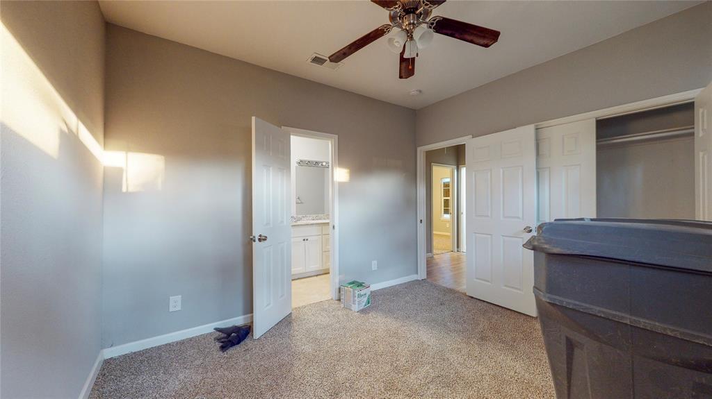 4835 Burnside Avenue, Dallas, Texas 75216 - acquisto real estate best photos for luxury listings amy gasperini quick sale real estate
