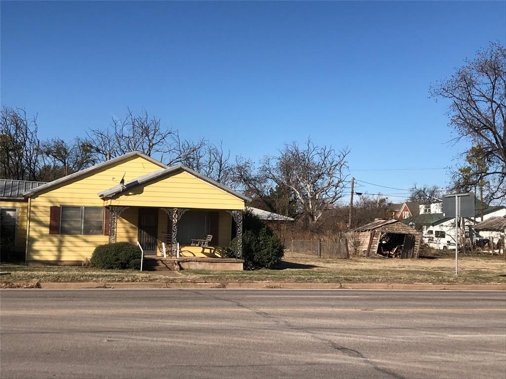 709-711 Main Street, Seymour, Texas 76380 - Acquisto Real Estate best frisco realtor Amy Gasperini 1031 exchange expert