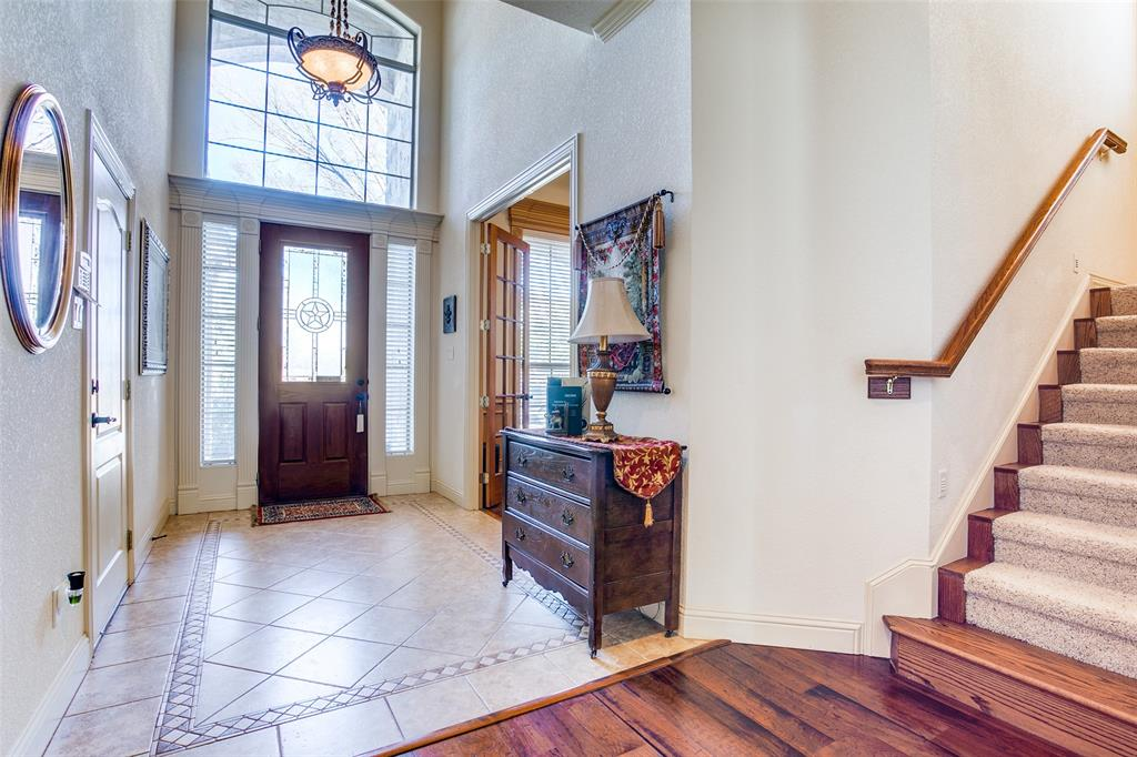 7920 Forest View Court, North Richland Hills, Texas 76182 - acquisto real estate best the colony realtor linda miller the bridges real estate