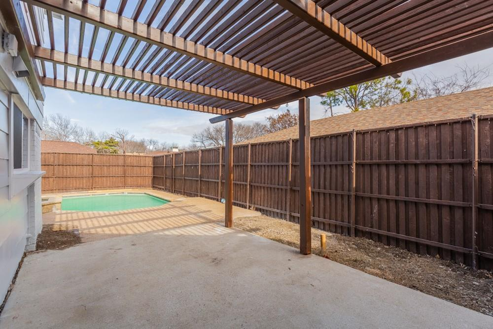 1881 Tucson Drive, Lewisville, Texas 75077 - acquisto real estate best plano real estate agent mike shepherd