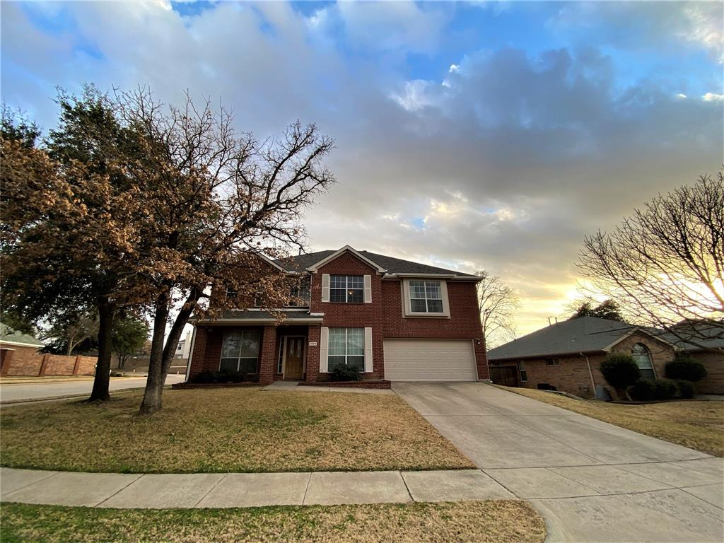 3524 Saint Johns Drive, Denton, Texas 76210 - Acquisto Real Estate best plano realtor mike Shepherd home owners association expert