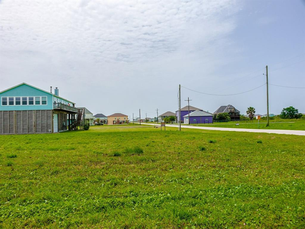 210 Corpus Christi Street, Crystal Beach, Texas 77650 - Acquisto Real Estate best plano realtor mike Shepherd home owners association expert