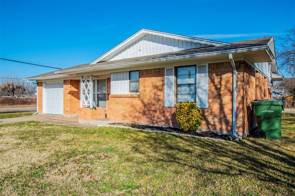 1317 Crockett Street, Garland, Texas 75040 - acquisto real estate best frisco real estate broker in texas for high net worth buyers